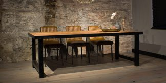 UrbanSofa-Lodge eettafel